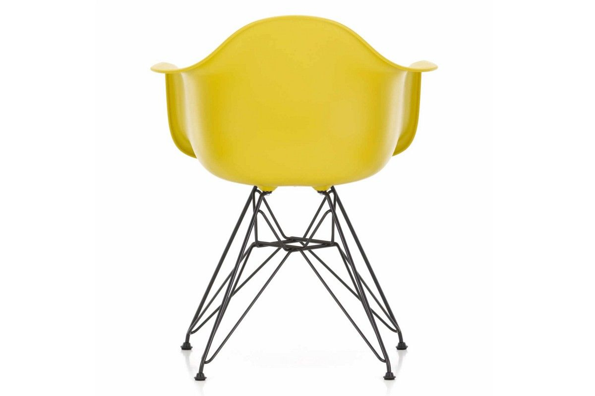 Sm arredamenti a mantova eames plastic armchair for Sedie design eames