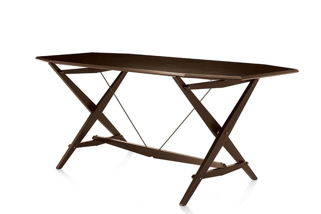 Tavolino Rotondo Sostenuto Da Un Treppiedi.Tavoli Allungabili Tavoli In Legno Tavoli In Vetro E Da